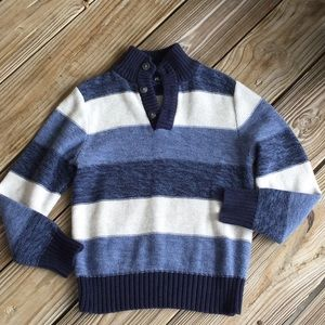 Place sweater little boys like new condition
